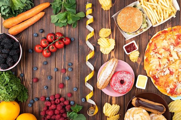 Arreglo de comida sana y rápida. Foto gratis