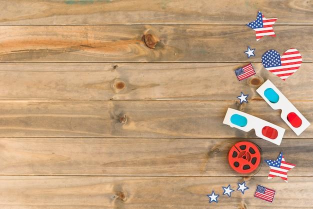 Artículos de cine con banderas americanas. Foto gratis