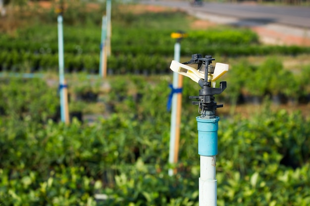 Aspersor sistema de riego de cerca sistema de irrigaci n - Aspersor de agua ...