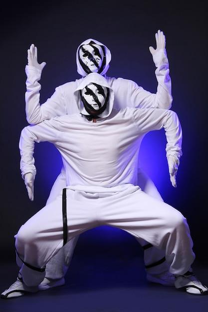 Bailarina de hip hop en estudio Foto gratis