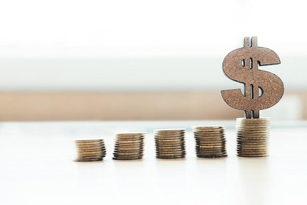 Banca y ahorro de dinero copyspace concepto de idea de fondo. Foto gratis