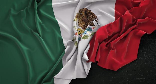 Bandera De México Arrugado Sobre Fondo Oscuro 3D Render