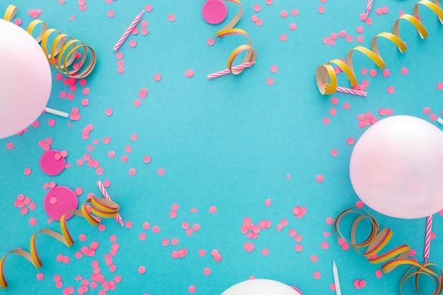 Banner de fiesta o cumpleaños con espacio para texto Foto gratis