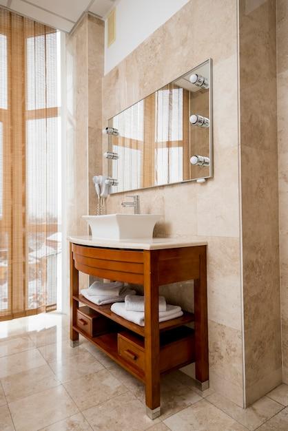 Baño de hotel Foto gratis