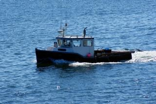 barco de pesca, de ondas Foto Gratis