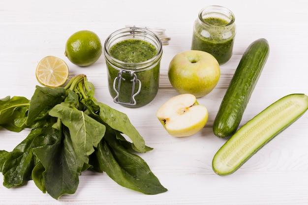 Bebida para una dieta saludable. Foto gratis