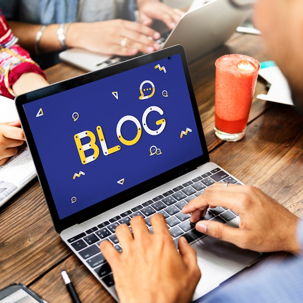 Blog en linea Foto Premium