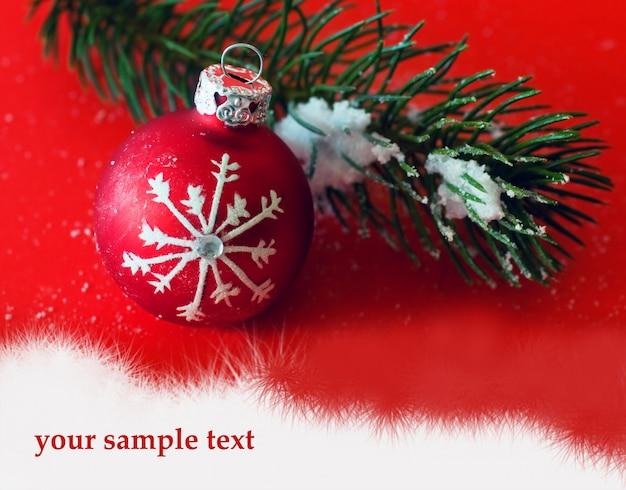 Bola de navidad con una rama de pino descargar fotos gratis - Bola de navidad con foto ...