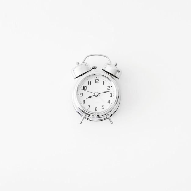 Bonito despertador mecánico Foto gratis