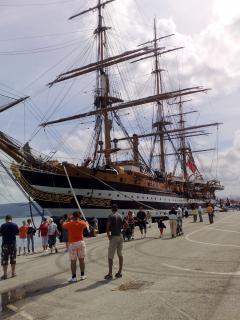 buque escuela visitando Santander España antigua Foto Gratis