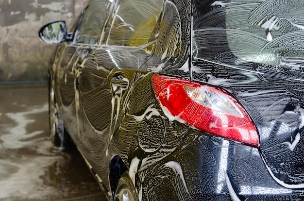 Burbujas de lavado de autos Foto Premium