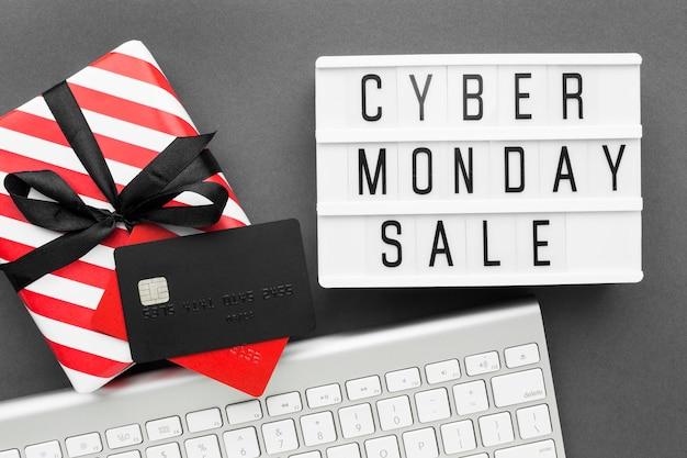Caja de regalo de venta cyber monday con cinta Foto gratis