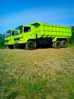 camiones HINO Foto Gratis