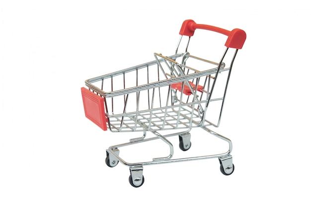 Carro rojo del supermercado aislado en el fondo blanco con el camino de recortes Foto Premium