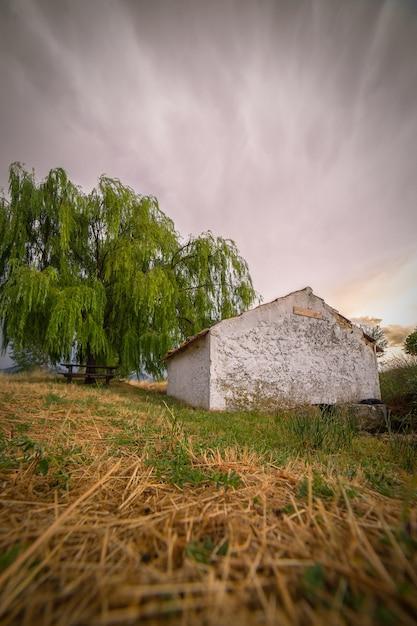 Casa de campo con a en campo de san juan, murcia españa Foto Premium