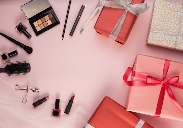 Imagenes De Maquillaje Para Descargar: Cepillos De Maquillaje Y Regalo