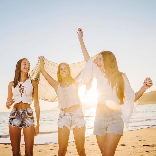 Foto gratis de chicas desnuda en la playa images 221