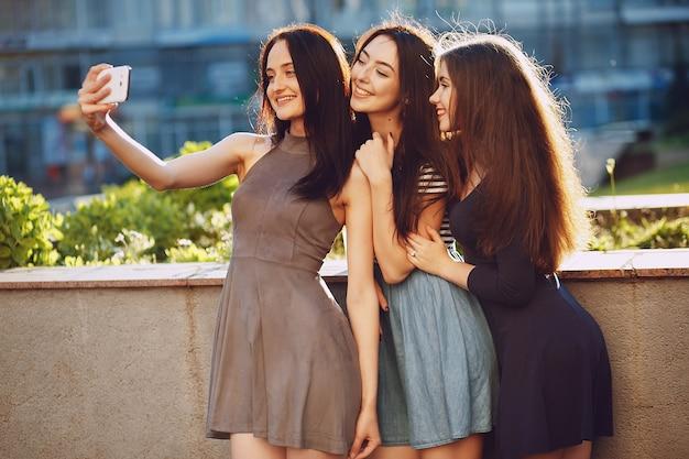 Chicas Guapas Descargar Fotos Gratis