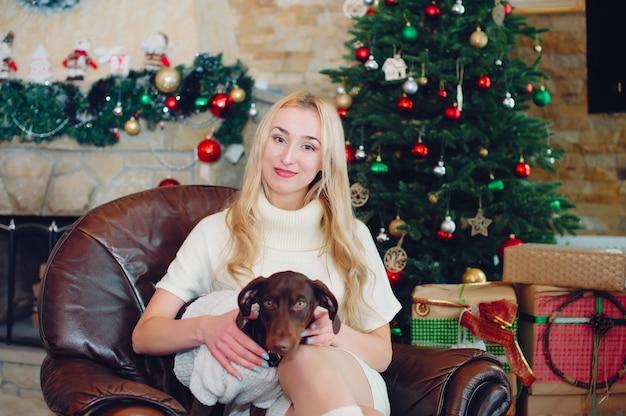 Chicas lindas en casa Foto gratis
