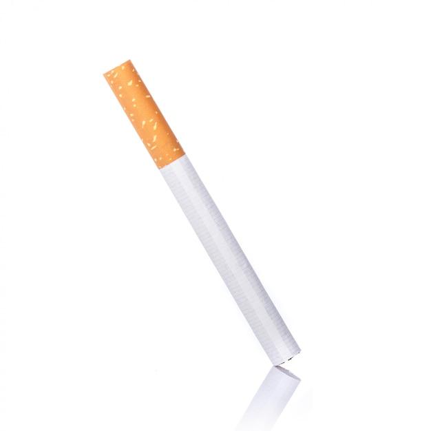 Cigarrillo. disparo de estudio aislado Foto Premium
