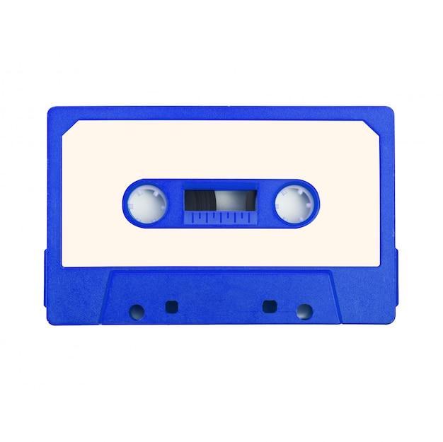 Cinta de cassette de audio sobre fondo blanco. Foto Premium