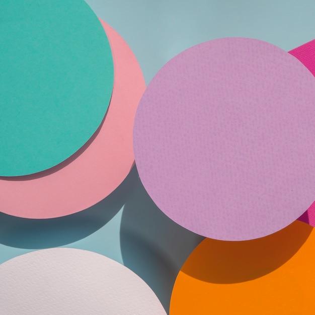 Círculos de primer plano de fondo geométrico de papel Foto gratis