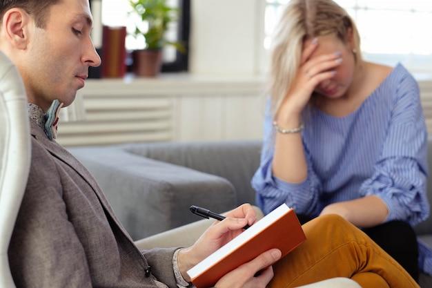 Cita en psicólogo Foto gratis