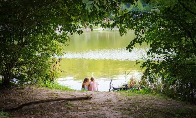 Cleveland, suiza, ciudad del cabo, valle de hudson, días fuera, suizo, york times, río hudson Foto Premium