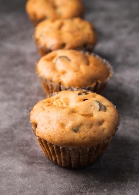 Close-up deliciosos muffins caseros Foto gratis