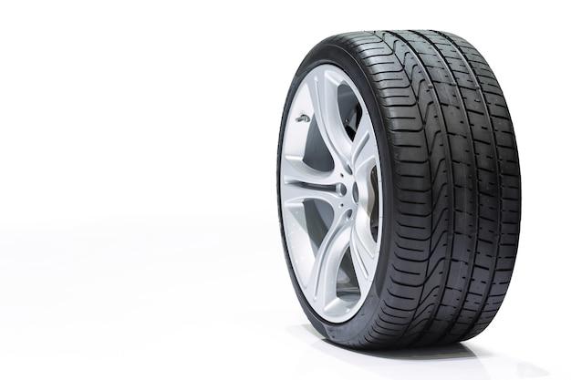 Coche de rueda, neumático de coche, ruedas de aluminio aisladas sobre fondo blanco. Foto Premium