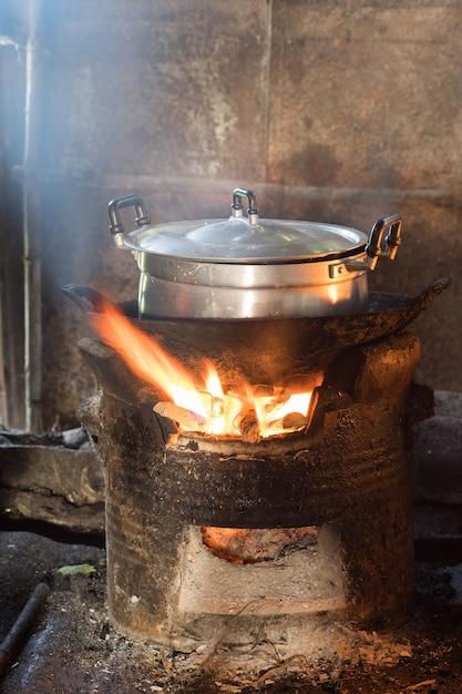 Cocina antigua, cocina local tailandia | Descarga fotos premium