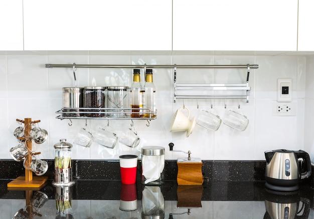 Cocina ordenada con superficie de m rmol descargar fotos for Superficie cocina