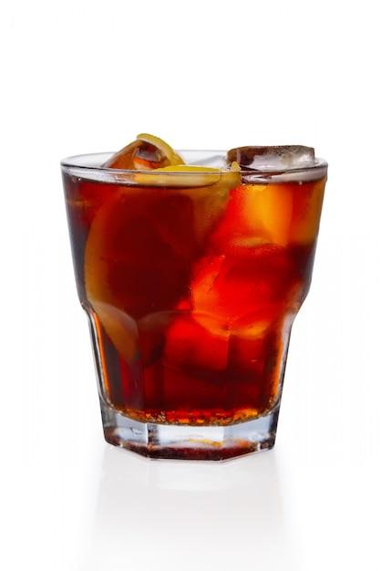 Cóctel de ron y cola Foto Premium