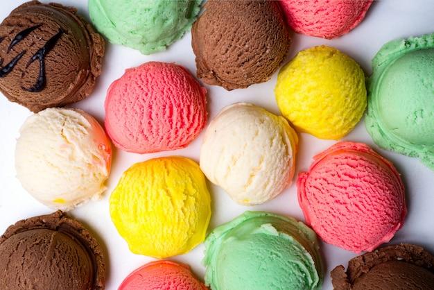 Colección de bolas de helado. Foto Premium