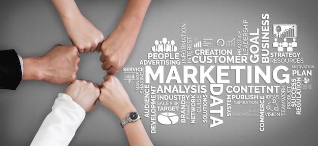 Comercialización del concepto de negocio de tecnología digital Foto Premium