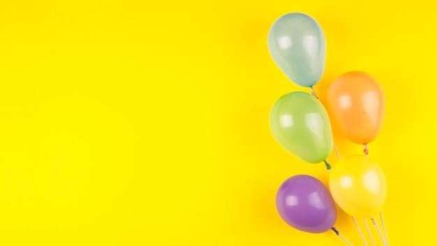 Composición de cumpleaños flat lay con copyspace Foto gratis
