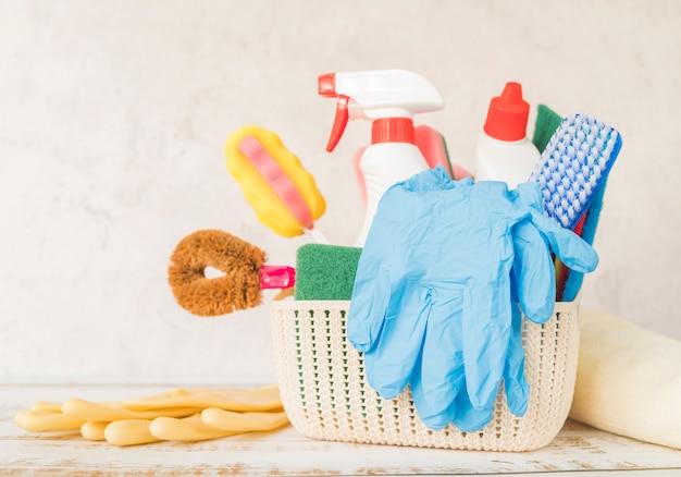 Composición de objetos de limpieza Foto gratis