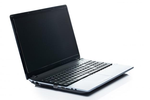 Computadora portátil abierta Foto gratis