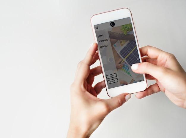 Comunicación utilizando el concepto de estilo de vida de smartphone Foto gratis