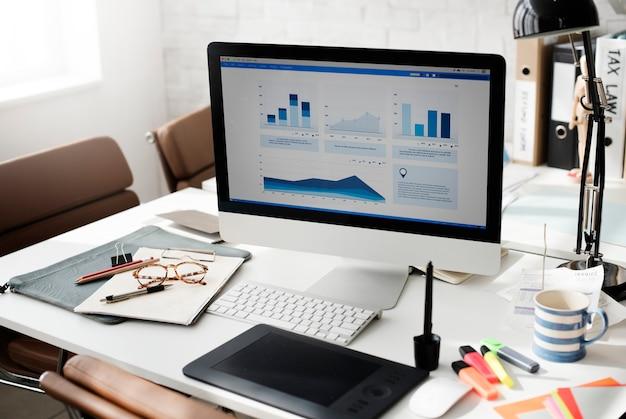 Concepto de análisis de contabilidad de trabajo de área de trabajo Foto Premium