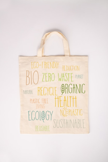 Concepto de cero residuos. bolsa de algodón ecológica, plana Foto Premium