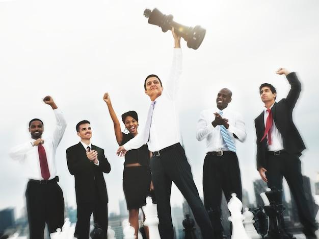 Concepto corporativo del grupo de la solución del equipo corporativo de los colegas del ajedrez Foto gratis