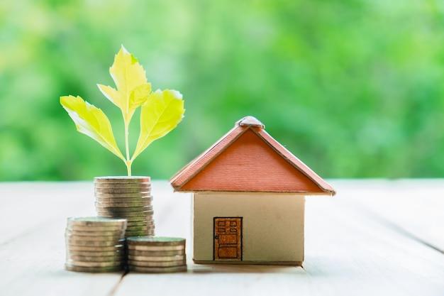 Concepto de ahorrar dinero para una casa el concepto de - Ahorrar para una casa ...