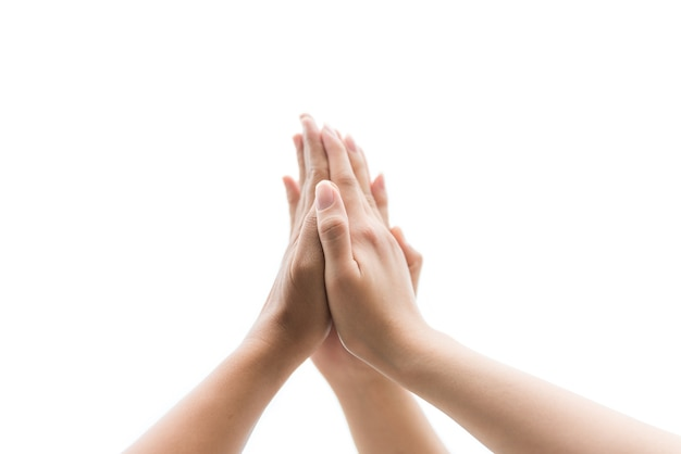 Concepto de día de la amistad las manos golpean y se unen para aislar sobre fondo blanco Foto Premium