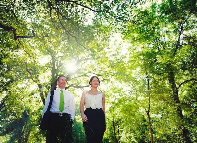 Concepto de equipo de asociación de pareja de negocios verde Foto Premium