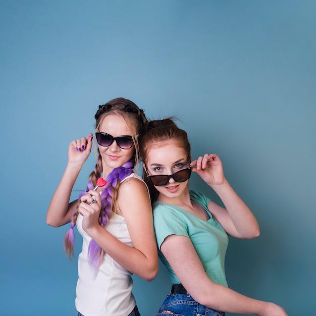 Concepto de lifestyle de amigas adolescentes Foto gratis