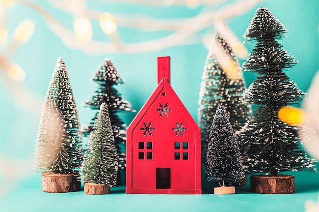 3c112658411 Concepto de navidad y año nuevo con arreglos de artículos de ...