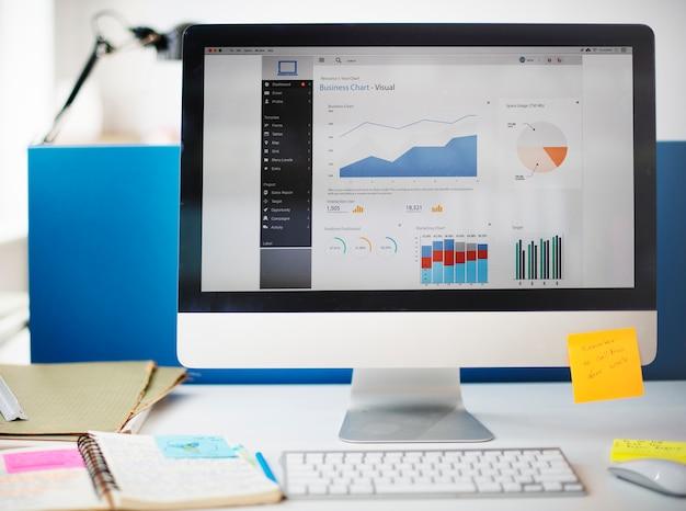 Concepto del ordenador del márketing de la estrategia del éxito del crecimiento del gráfico Foto gratis