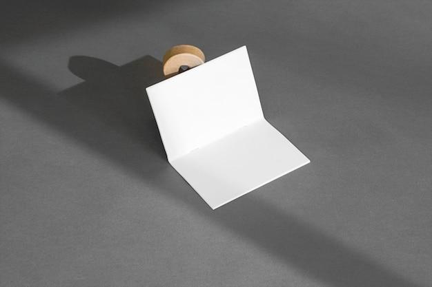 Concepto de papelería con sombras Foto gratis