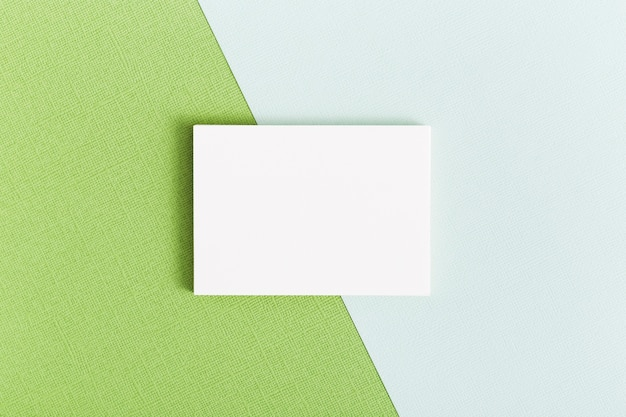 Concepto de tarjeta de visita de papelería de vista superior Foto gratis